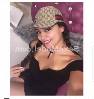 Shemsi escorte girl massage naturiste lovesita à Erstein